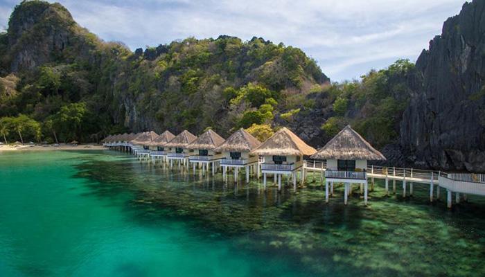 Nido apulit resort for Piani cottage sulla spiaggia su palafitte